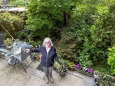 Mieke (77) krijgt rust achter de voordeur: 'Buren zien we niet of nauwelijks'