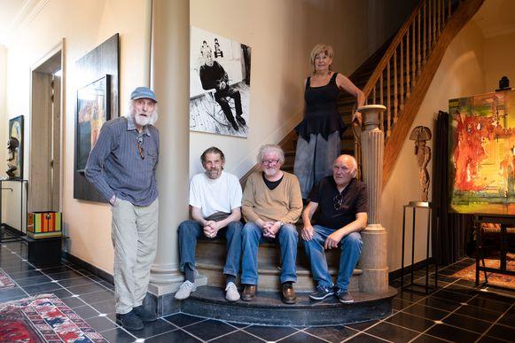 Tentoonstelling Navelstreng in Galerie M in Mechelen, met Jan De Winter, Chris Joris, Etienne Mylemans, Jean Hellemans en Marleen De Smet. Linksboven een portret van Bodo.
