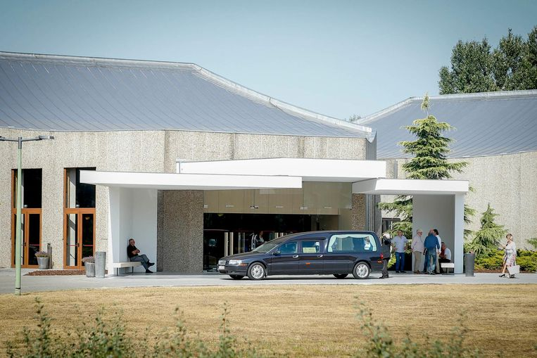 De uitvaartplechtigheid vond plaats in het crematorium Westlede in Lochristi.