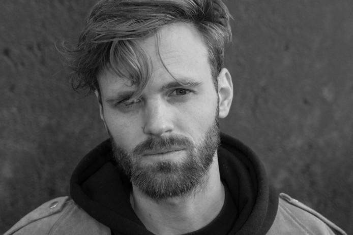 Een portret van Tim Hofman, een van de initiatiefnemers van Stembus 2017.