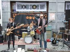 Rock-ontbijt met koffie en croissants bij Velvet Breda tijdens Record Store Day