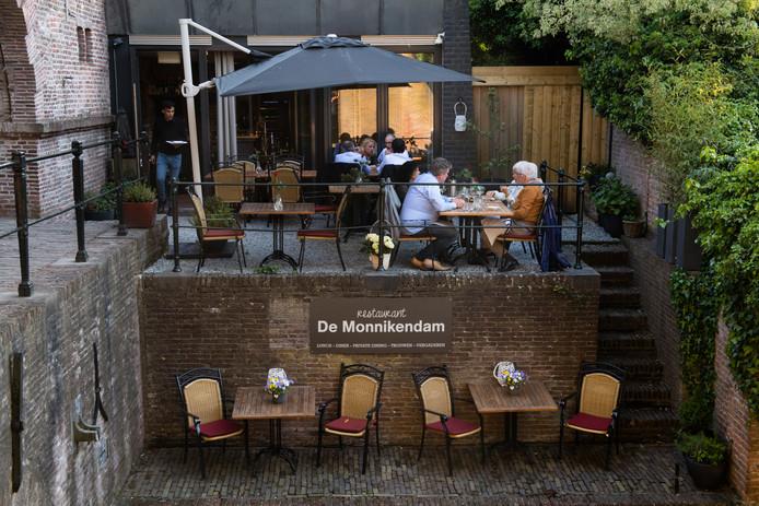 Franse keuken hollandse missers gouden pollepel utrecht 2016 2017 for Lay outs terras van het restaurant