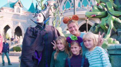 """""""Disney is altijd een beetje magie en verwondering"""": Nathalie Meskens en andere bv's in Disneyland Paris"""