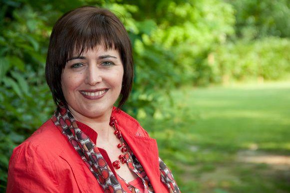 Ingrid Claes en haar partij nodigen iedereen uit op de eerste paaseierenzoektocht.