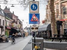 Kopstoot in café op Korte Heuvel in Tilburg: 18-jarige vrouw na vluchtpoging aangehouden