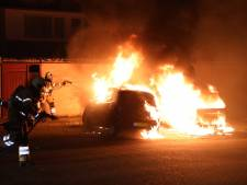 Twee auto's gaan in vlammen op in Boxtel