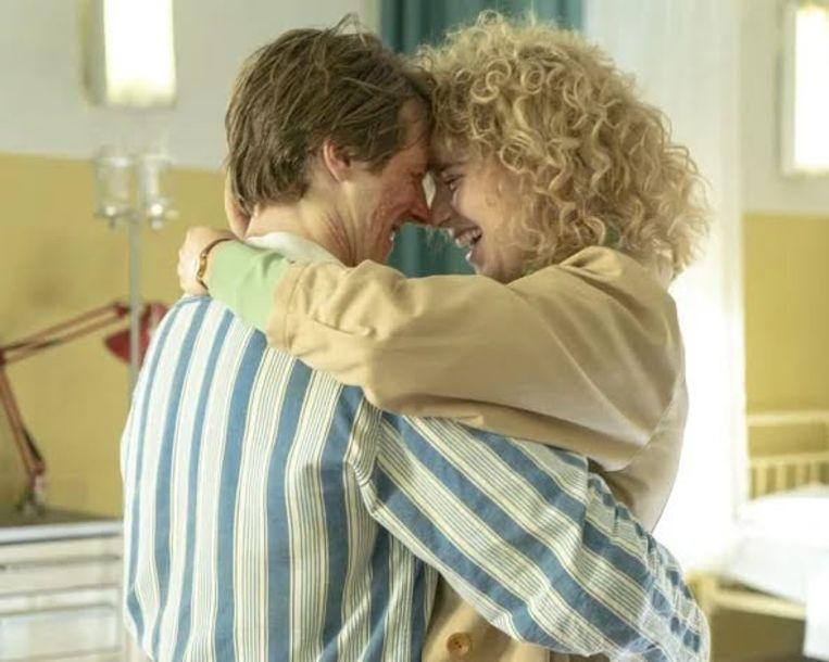 Een beeld van Vasily en Lyudmila uit de tv-reeks 'Chernobyl'.
