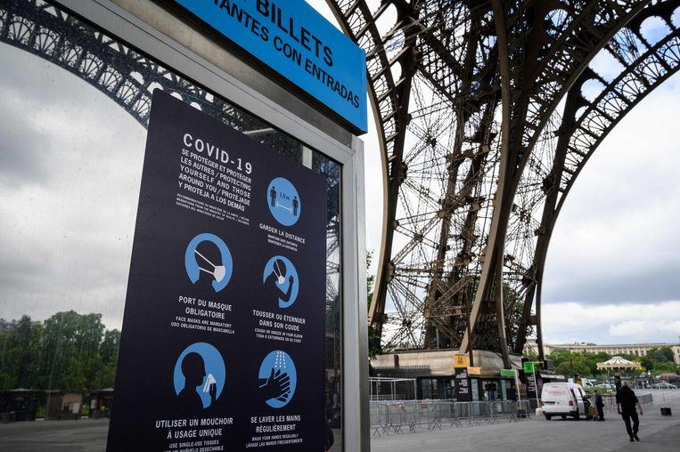 De Eiffeltoren is volop bezig met voorzorgsmaatregelen bij de heropening op 25 juni.