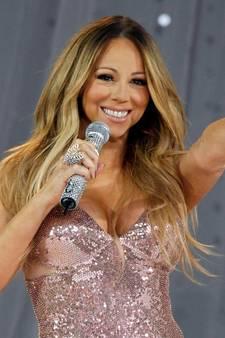 'Mariah Carey wil haar borsten laten verkleinen'