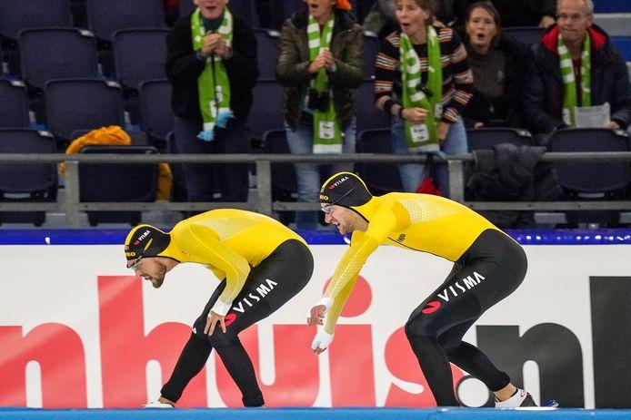 Het verschil tussen Kjeld Nuis (links) en Thomas Krol (rechts) was wederom klein. Nu slechts tweehonderdste van een seconde op de 1500 meter.