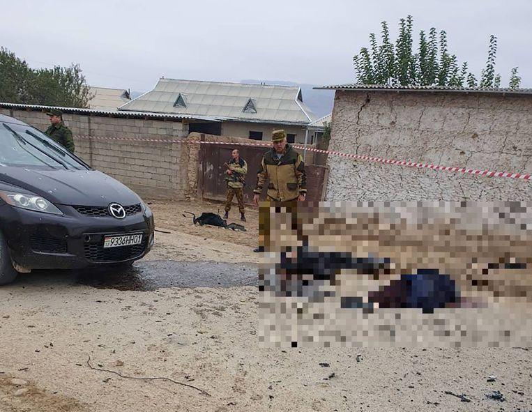 Bij een aanval op een grenspost in het Centraal-Aziatische Tadzjikistan zijn vannacht minstens 17 mensen om het leven gekomen.