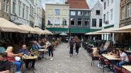 """""""Zelfs bord met 'hier kan je dansen' vastgesteld"""": Brugge gaat strenger optreden tegen overtredingen in horeca"""