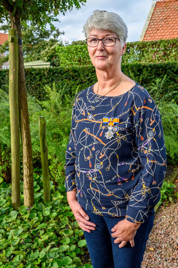Els Meeuwisse nam onlangs na 40 jaar afscheid als wijkzuster. Ze kreeg daar voor een koninklijke onderscheiding: Ridder in de Orde van oranje-Nassau.