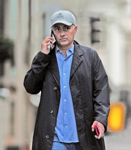 'Mourinho tekent nieuw megacontract bij ManUnited'