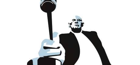 Medewerker Mediamarkt steelt Senseo-apparaat... of is het een dure drone?