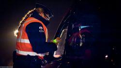 """Dronken vrouw (71) veroorzaakt ongeval en vlucht: """"Rijbewijs onmiddellijk ingetrokken"""""""