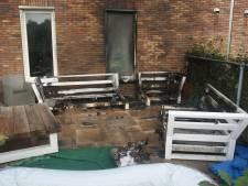 Loungeset uitgebrand bij zorginstelling in Udenhout
