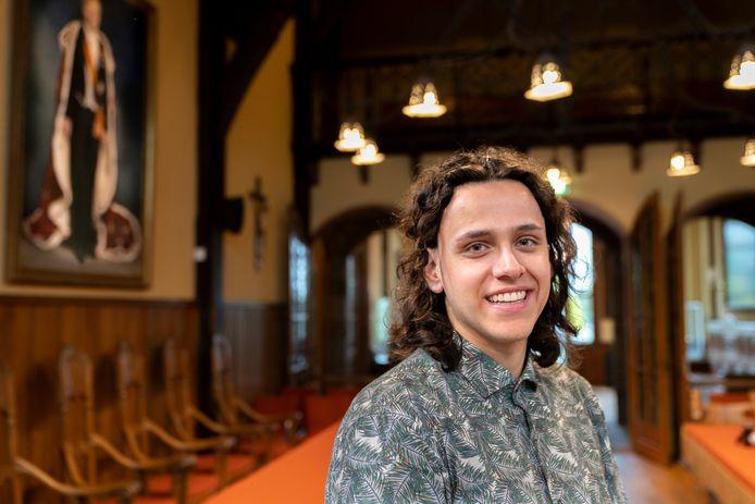 De meest opvallende keuze is de 22-jarige student Dani Smith. Hij is lijsttrekker van de SP Vught.