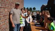 Leerlingen op zwaluwschool