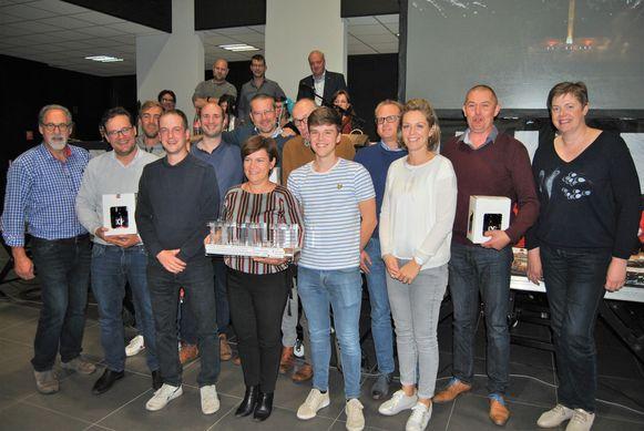De drie sterkste ploegen van de elfde 11.11.11-quiz in Pittem