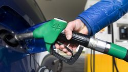 Benzine goedkoper: prijsverschil met diesel wordt almaar kleiner
