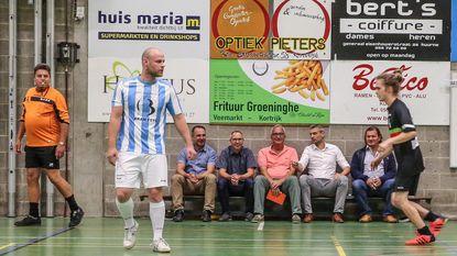 Burgemeester neemt minivoetbalcompetitie over