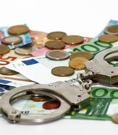 22-jarige Utrechter aangehouden met 10.000 euro cash in huurauto