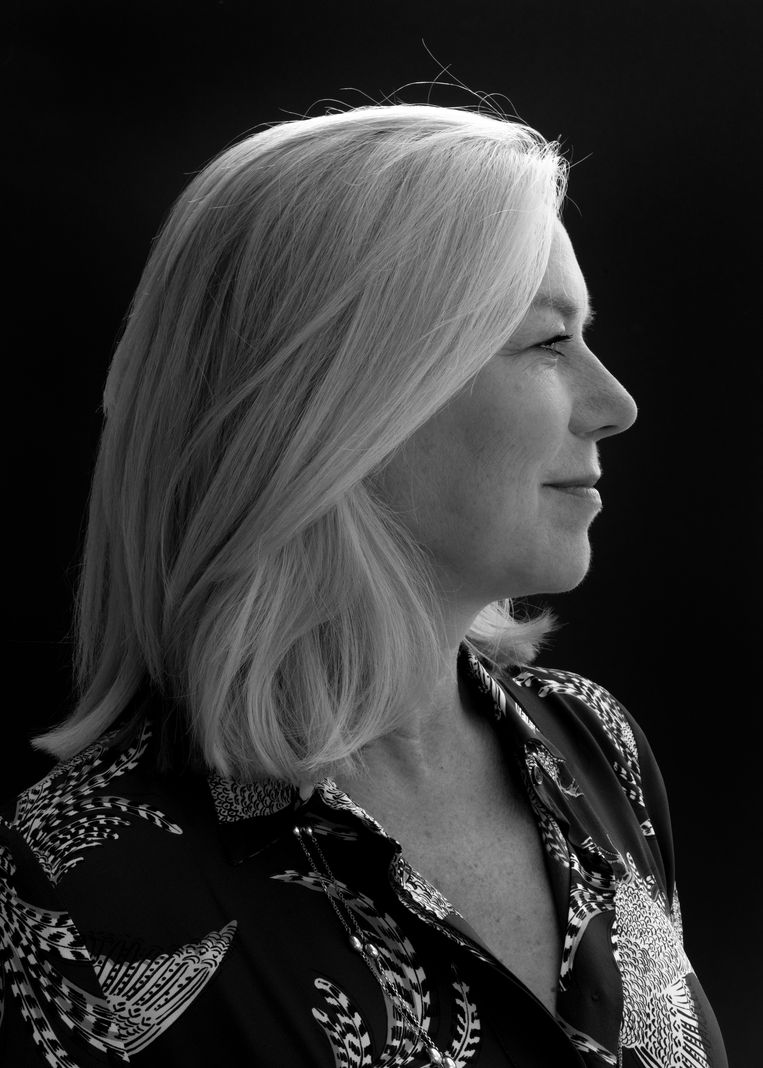 Sigrid Kaag: 'Je kunt niet continu klagen over verruwing en de volgende dag meedraaien in dezelfde ponyshow.' Beeld Martine Stig