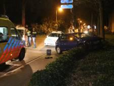 Lachgas in spel bij tweetal auto-ongelukken, bestuurders slaan op de vlucht