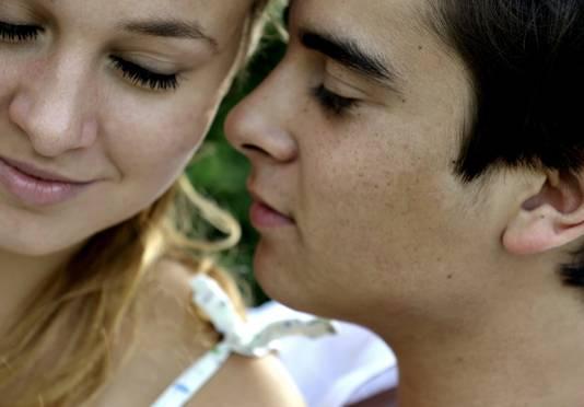 Tieners praten over seks zwarte creampie porno Videos
