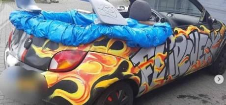 Politie plukt Amersfoorter in gepimpte Ford 'Ka-brio' met zwembad achterin van de weg