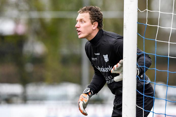 Keeper Johan Jansen blijft bij GVVV.