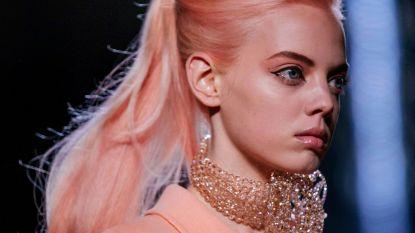 Inspiratie vanop de catwalk: pastel haar