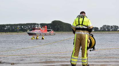 Twee schepen botsen frontaal op elkaar in Nederlandse rivier de Waal