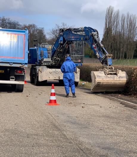 Opruimen van honderden liters gedumpt zoutzuur in Eindhoven wordt flinke klus