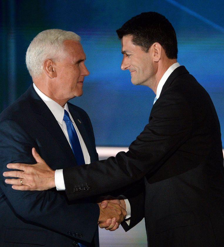 Mike Pence en Paul Ryan. Beeld photo_news