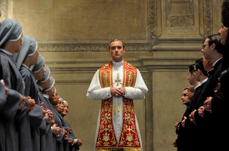 Jude Law als paus.