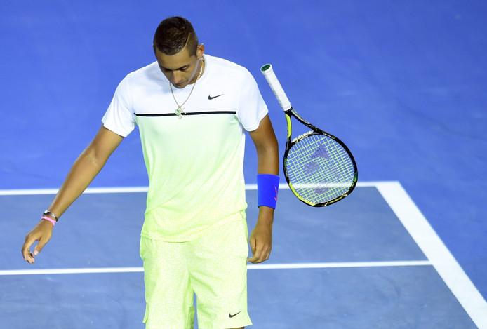 Nick Kyrgios of Australia gooit met zijn racket tijdens de Australian Open.