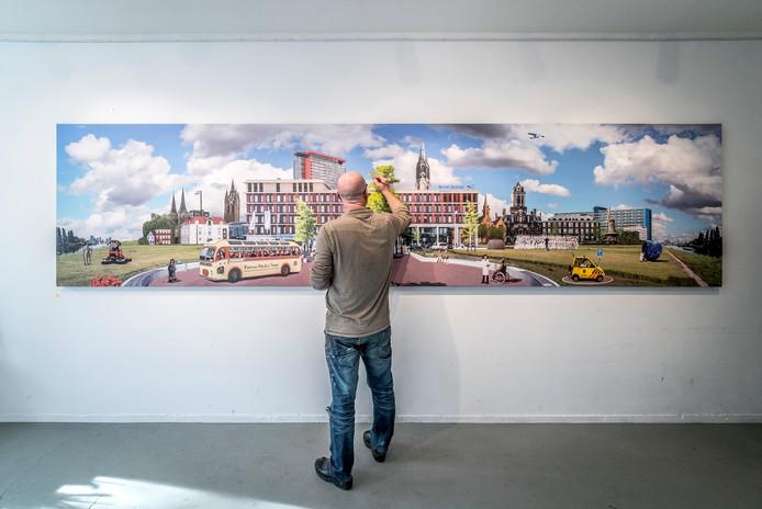 René Jacobs bezig aan zijn creatie voor het Reinier de Graaf.