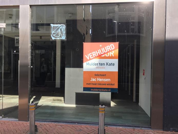 Jac Hensen gaat naar de Korenstraat in Apeldoorn.