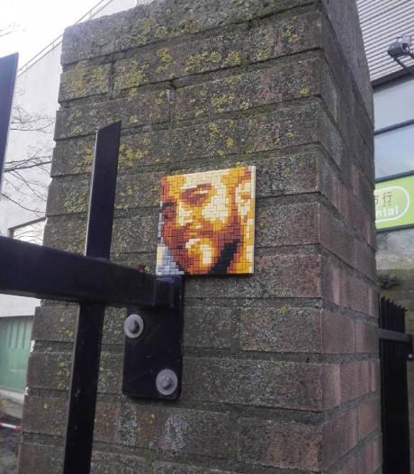 Portret van rapper Feis opnieuw gestolen (en vervangen)