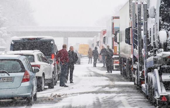 Chaos op de A8 in Beieren.