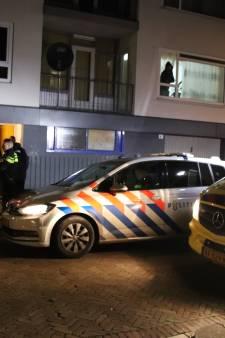 Tiener met steekwond afgevoerd naar ziekenhuis na beroving, één verdachte aangehouden