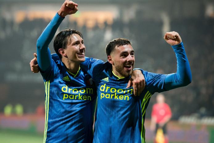 Steven Berghuis en Orkun Kokcu vieren de voorsprong.
