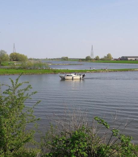 Idee: wenteltrap langs de Rijn bij Wageningen