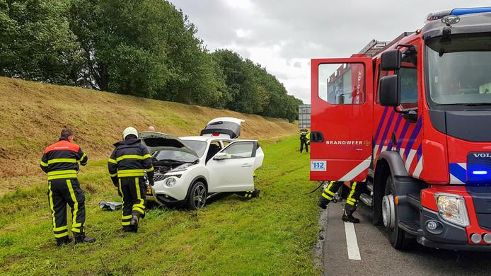 De auto liep onder andere schade op aan het motorblok.