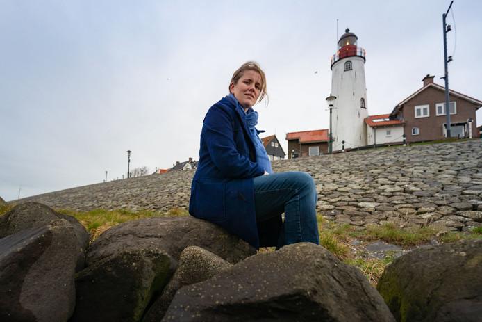 Mandy van Dijk doet een oproep voor verhalen die nog onbeschreven zijn rondom het voor velen onbekende interneringskamp op Urk tijdens de Eerste Wereldoorlog