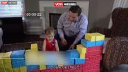 "Amerikaanse politicus leert dochtertje ""muur bouwen"" in bizarre promovideo"