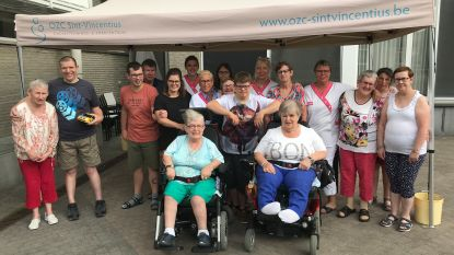 Bewoners OZC Sint-Vincencius helpen mee met stadsfestival 'denderend KLEIN'
