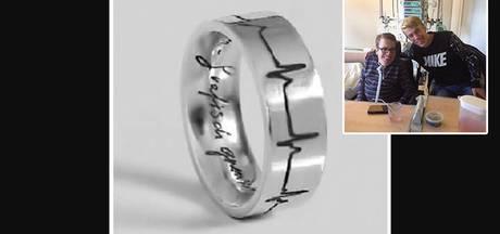 Tycho (17) verliest ring met as van overleden broer in Culemborg